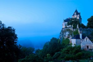 castle-montfort-dordogne-perigord-france